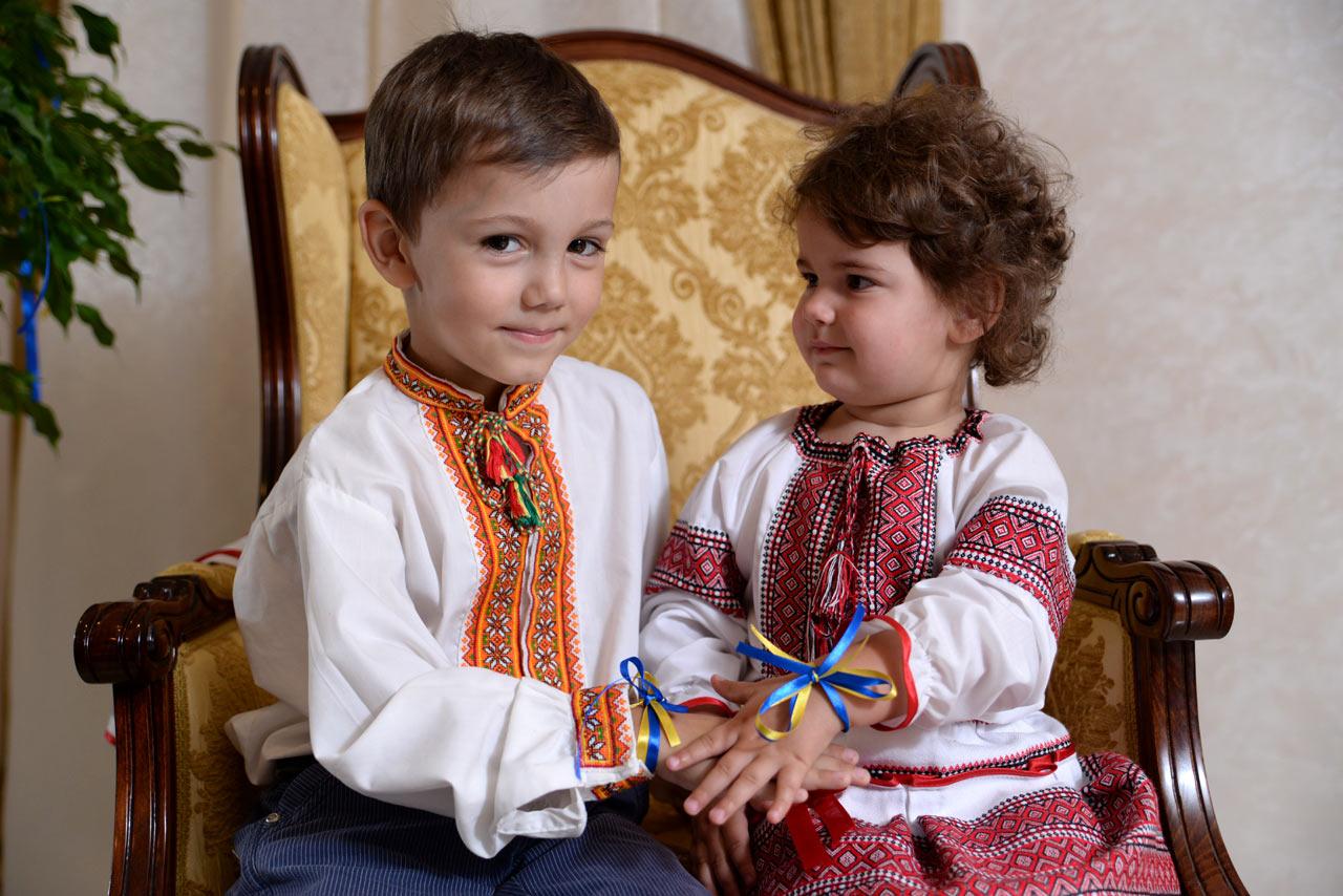 картинки маленькие украинцы хариус